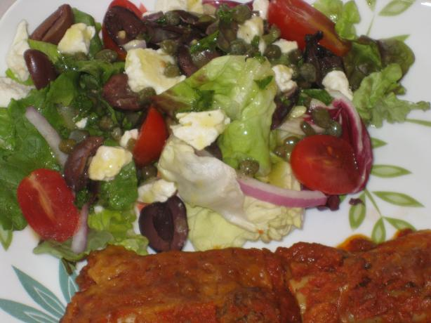 Mediterranean Salad With Lemon Caper Vinaigrette