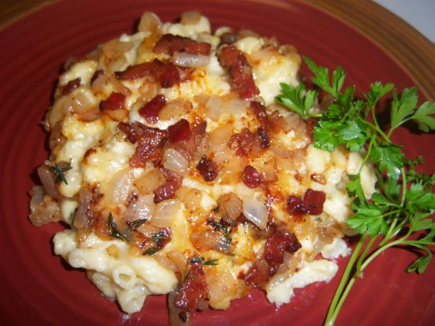Mac 'n Cheese With Bacon and White Cheddar Cheese