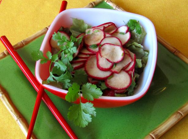 Chinese Quick Pickled Radish Salad With Garlic