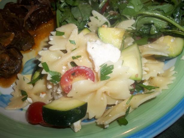 Pioneer Woman's Pasta Salad With Tomatoes, Zucchini and Feta