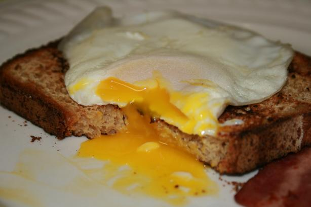 Perfect Runny Egg over Toast (No Oil, Non-Stick Skillet)