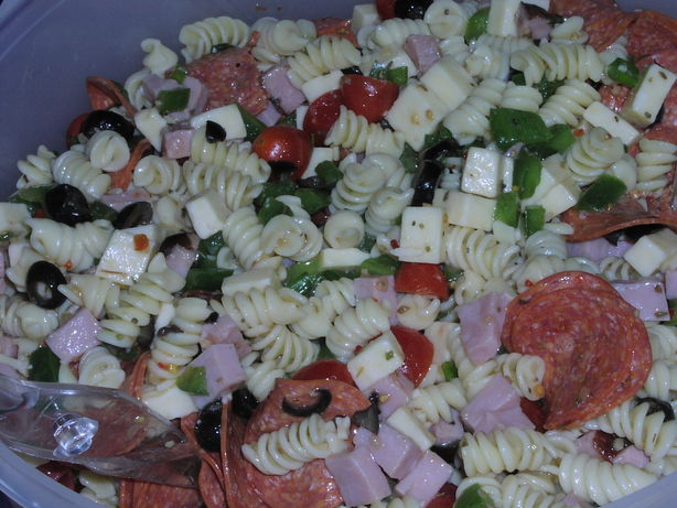 Supreme Pizza Pasta Salad