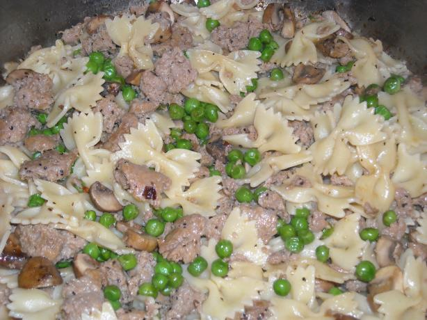 Farfalle With Turkey Sausage, Peas, and Mushrooms