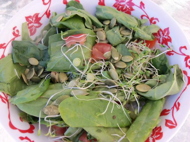 Spinach and Pumpkin Seed Salad