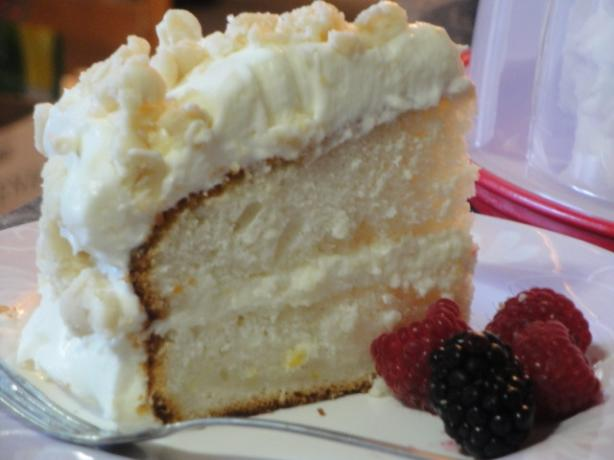 Lemon Cream Cake (Olive Garden)