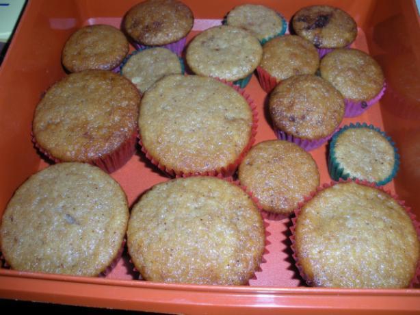 Applesauce Spice Cupcakes