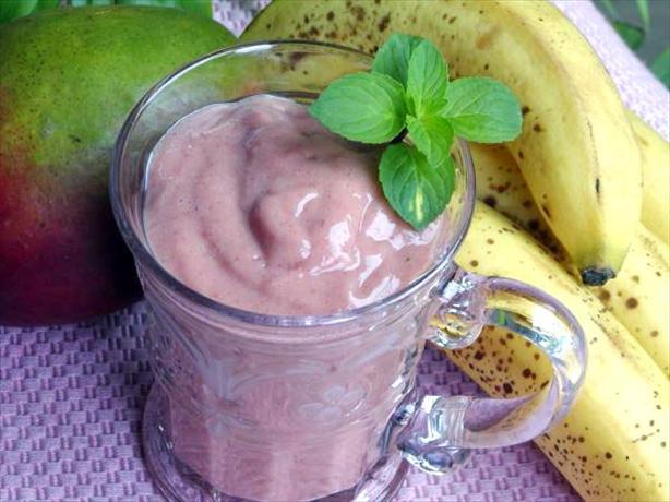 Banana Mango Raspberry Smoothie