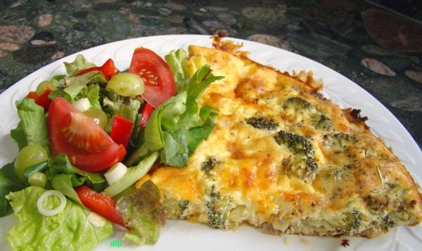 Broccoli and Cheese Pie / Quiche