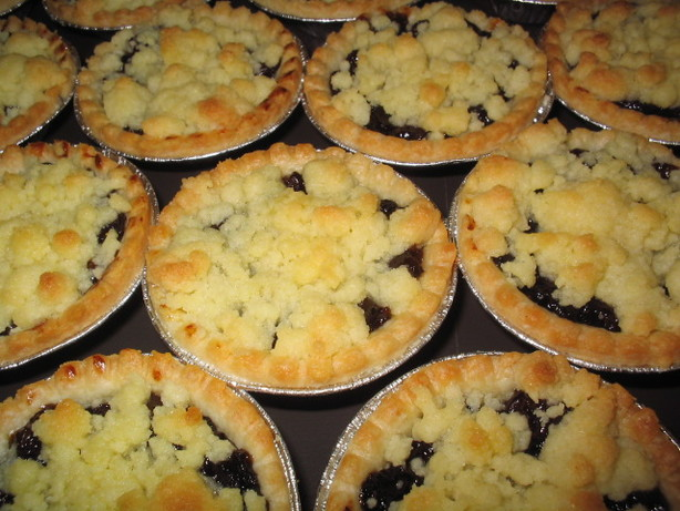 Mincemeat Crumble Tarts