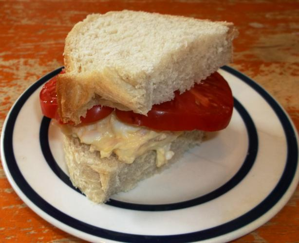 Brauoterta – Icelandic Style Sandwich: Tuna & Egg