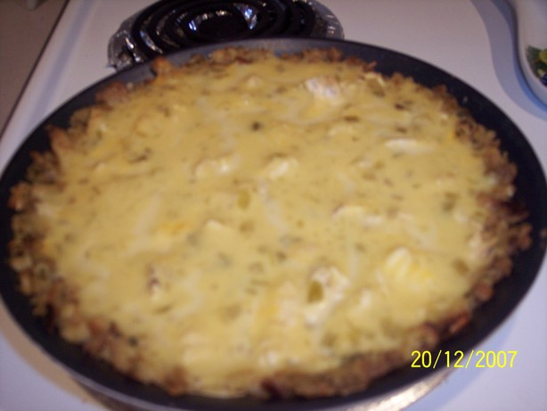 Stuffing Crust Turkey Pie