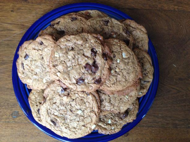 Gluten-Free Almond Butter Chocolate Chip Cookies