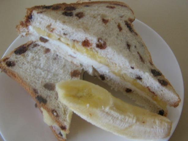 Raisin Bread-Banana Sandwich