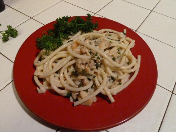 Pasta With White Wine Clam Sauce