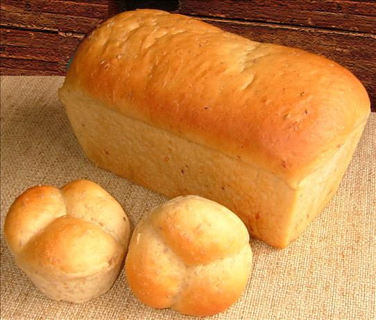 Caraway-Cheese Loaf