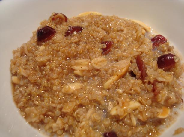 Raisin Spice Hot Cereal With Quinoa