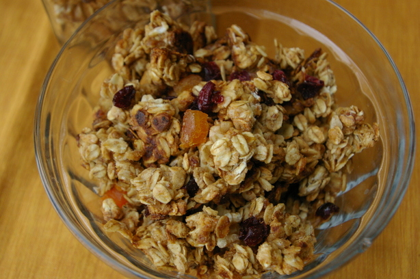 Rose's Light Nut and Dried Fruit Granola
