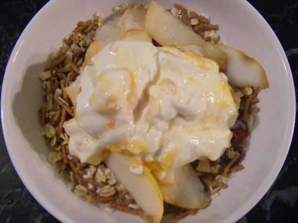Muesli With Pear & Yogurt (21 Day Wonder Diet: Day 12)