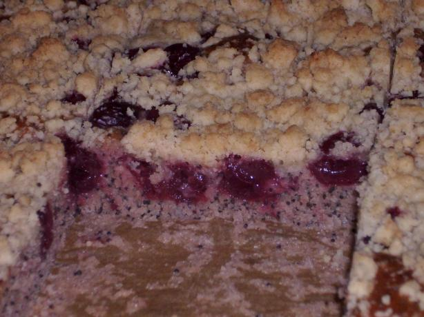 Poppy-Seed-Cherry-Cake With Crumble Topping