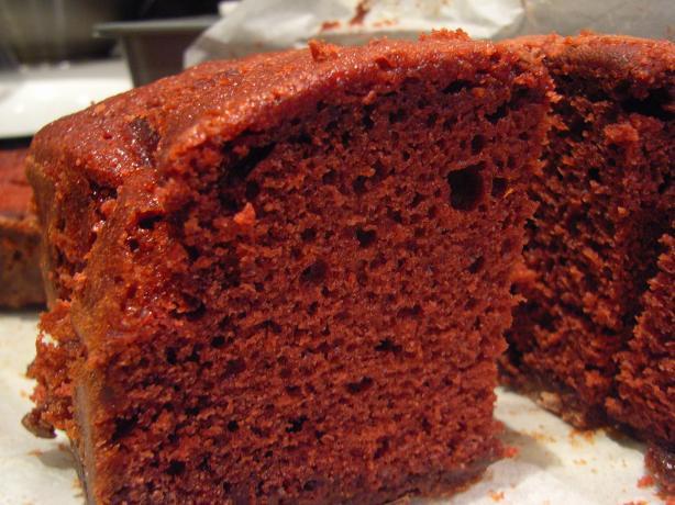 Red Velvet Pecan Praline Pound Cake
