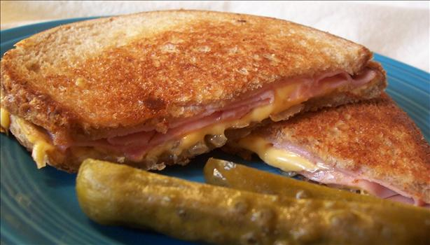 Carrie's Grilled Cheese Sammich!