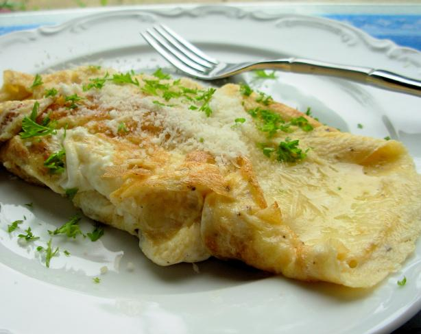 Cheese Omelette (Omelette Au Fromage)