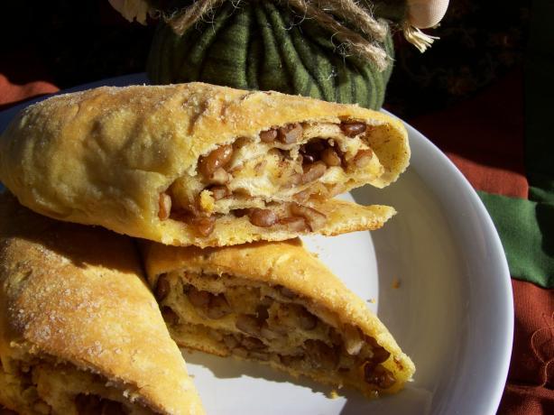 Cinnamon Pecan Rolls , Burrito Style