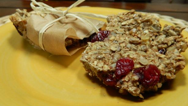 Wholesome Walnut and Sunflower Seeds Granola Bars