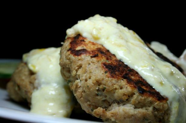 Tandoori Chicken Burgers With Creamy Chutney
