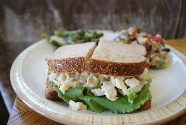 Crunchy Chicken Apple Salad Sandwiches