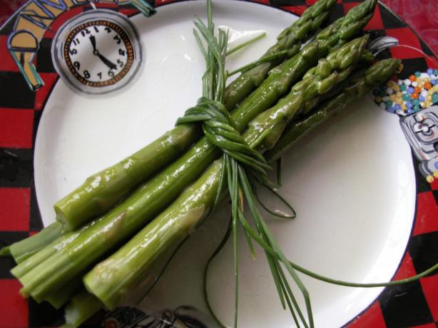Asparagus With Truffle Oil Vinaigrette