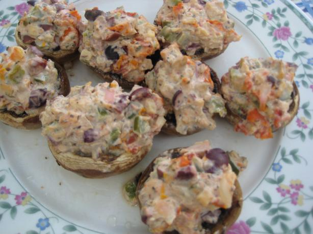 Stuffed Mushrooms With Sun-Dried Tomatoes, Goat Cheese and Olive