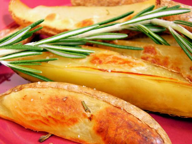 Crispy Baked Potato Wedges - Low Fat