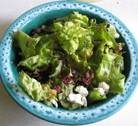 Quick and Delicious Goat Cheese Salad