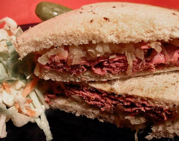 Ww 6 Points - Roast Beef Sandwiches With Caramelized Onions