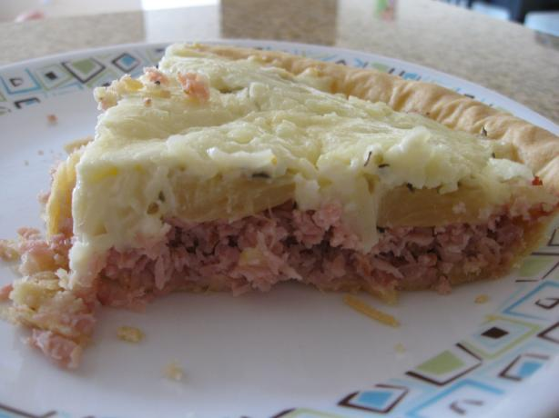 Ham-Tomato-Pineapple-Cheese Pie