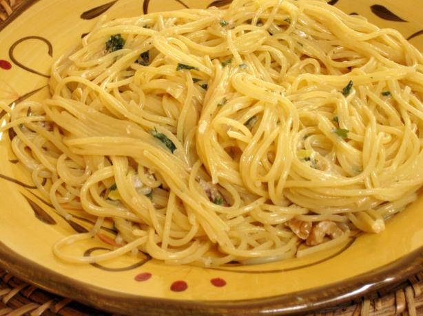 Pasta With Walnut Lemon Cream Sauce