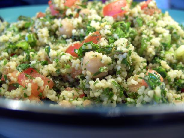 Tabouli & Chickpea Couscous Salad
