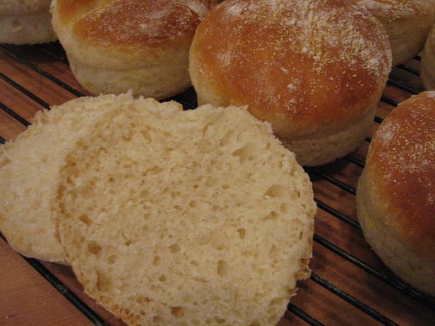 Sourdough Sandwich Buns (Schlotzsky Style)
