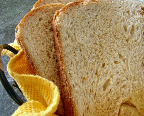 Aunt Dee's Sweet Oatmeal Bread (Abm)