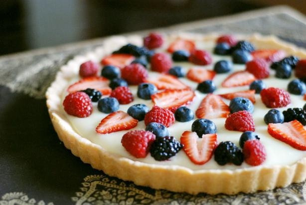 Five Star White Chocolate Fruit Tart