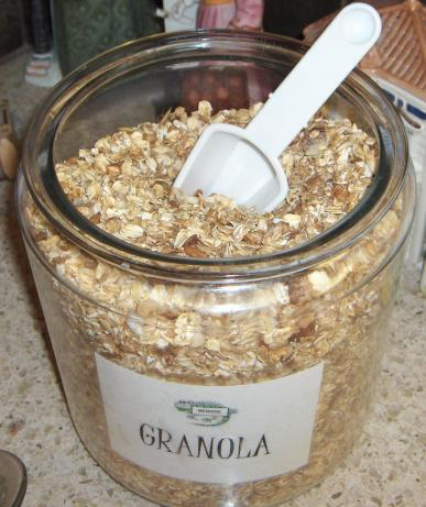 Low-Cal Apple Vanilla Granola