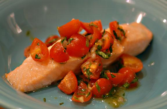 Salmon With Tomato Basil Relish