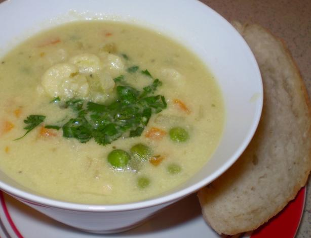 Cream of Cauliflower Soup (Vegan)