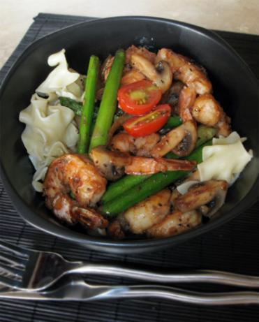 Mushrooms, Asparagus and Shrimp over Egg Noodles