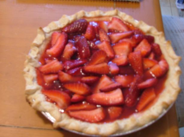 Easy Strawberry Pie With Pizazz