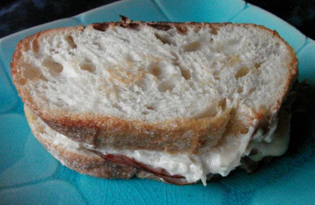 Farmhouse Ham, Cheese and Sauerkraut Sandwiches