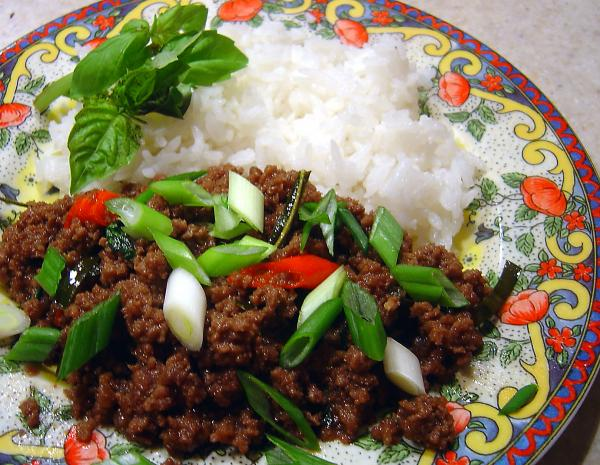 Minced Beef With Chilli, Garlic & Holy Basil