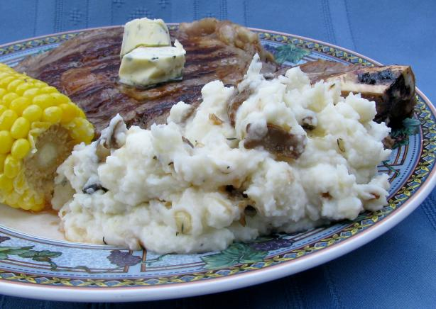 Leek, Mushroom & Thyme Mashed Potatoes