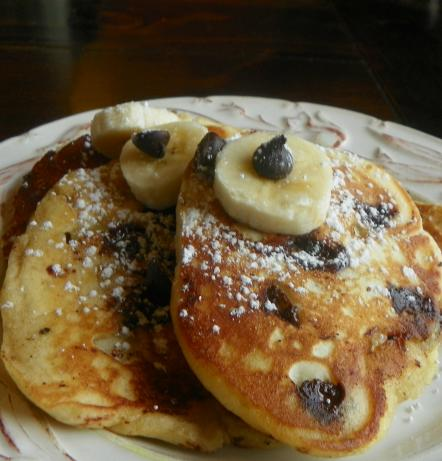 Quick Banana-Chocolate Chip Pancakes